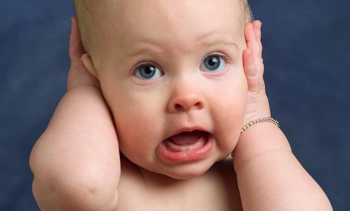 ▷ Comment savoir si un enfant entend mal